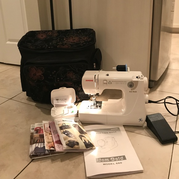 Janome Jem Gold Other Janome Gem Gold Sewing Machine With New Accessories For Janome Sewing Machine